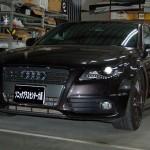 Audi A4が入庫いたしました。